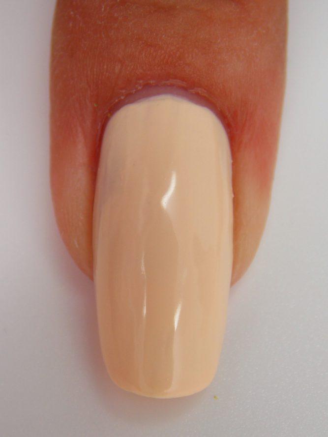 Peaches n cream macro swatch