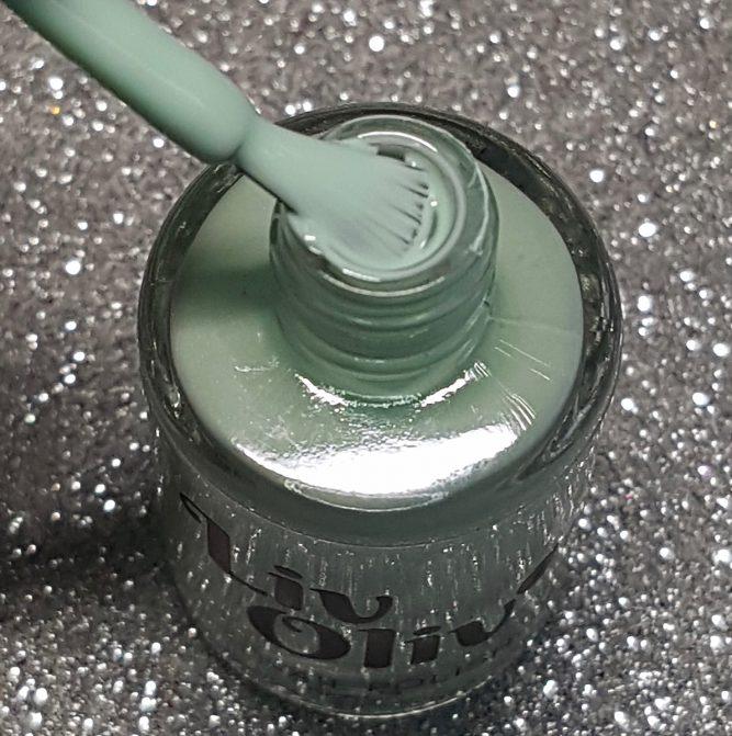 Mint Geleto bottle macro