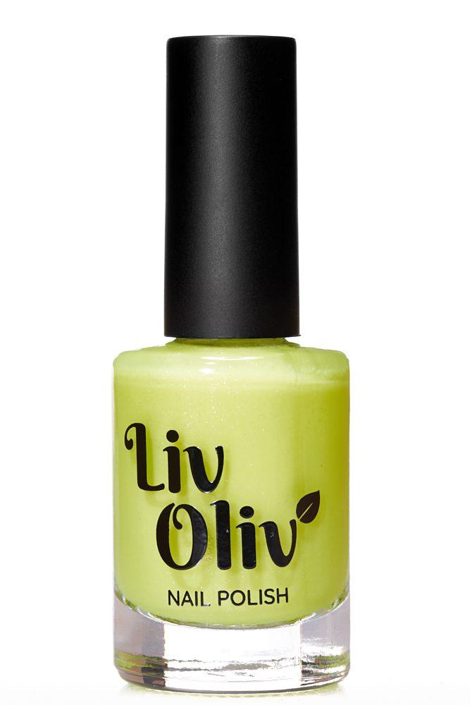 Yellow to Orange photochromic cruelty free nail polish